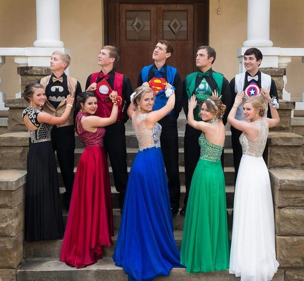 Arkansas Superhero Prom Photo Goes Viral (Picture)