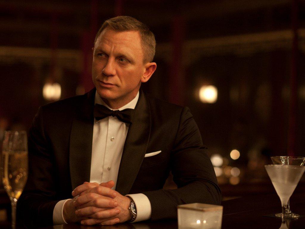 Daniel Craig offered $150 million to return as Bond