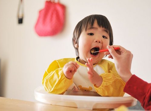 Early egg, peanut introduction could reduce allergy risk, Says New Study