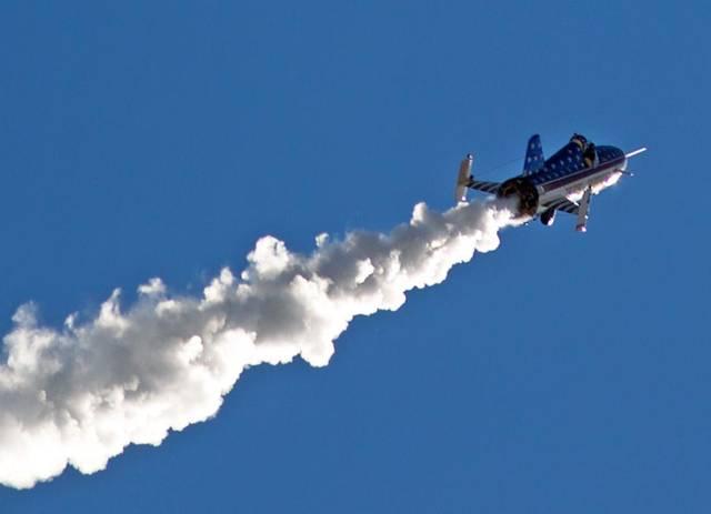 Eddie Braun crosses Snake River Canyon in rocket [Video]