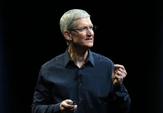 Tim Cook favours augmented reality over virtual reality, Report