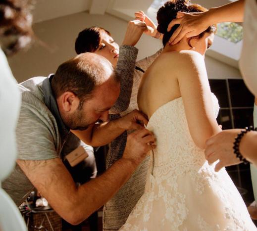 Ibrahim Halil Dudu: Syrian refugee saves Canadian bride's wedding day