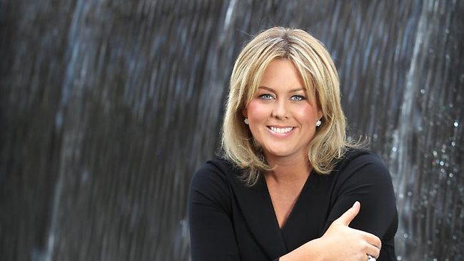 Sam Armytage story: Sunrise host receives apology from Daily Mail over 'granny panties'