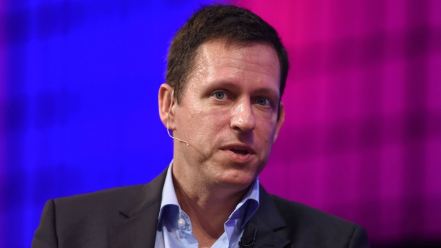 Peter Thiel: Apple's reign in the technology space is over, is it the end of an Era?