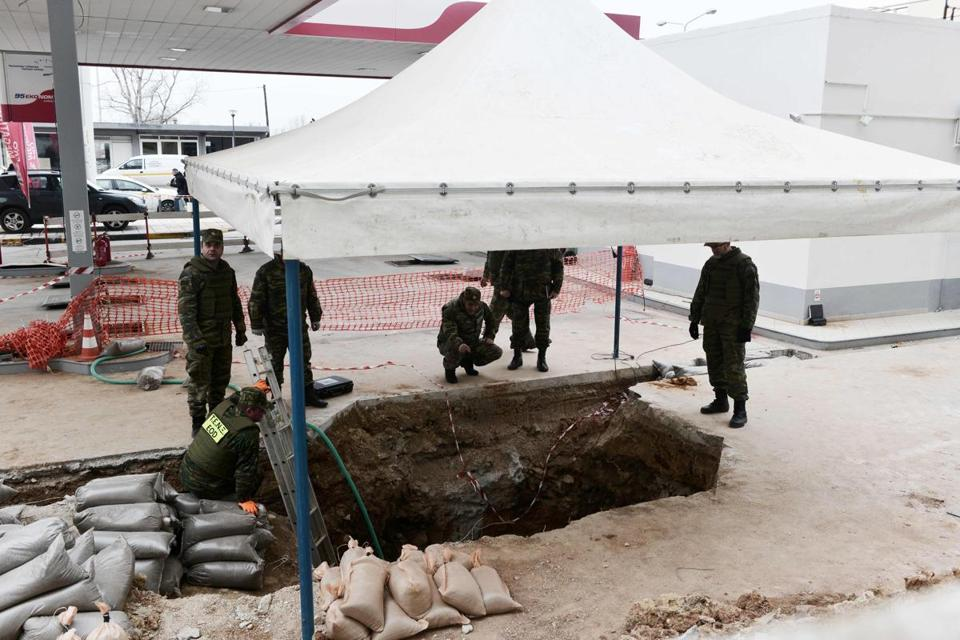 WWII bomb defused In Greece: Bomb deactivated after forcing massive evacuation of Thessaloniki