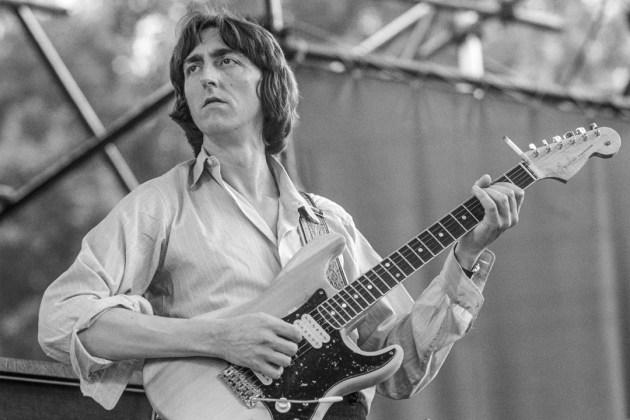 Guitarist Allan Holdsworth Dies aged 70