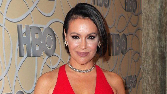 Alyssa Milano Sues Business Manager Kenneth Hellie