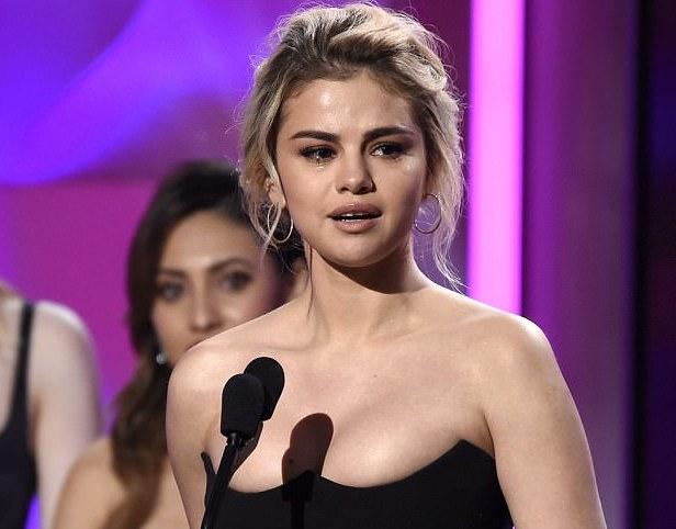 Selena Gomez honors Francia Raisa for life-saving transplant (Watch)