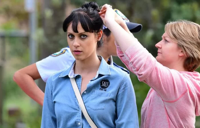 Jessica Falkholt clings to life after Boxing Day crash, Report