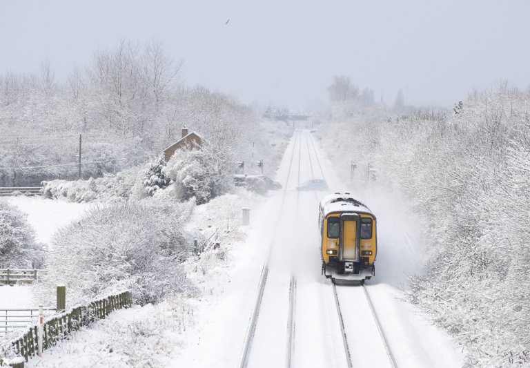 Beast from the East - UK: Schools close as beast from the East bites