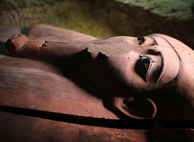 Egyptian necropolis contains 'message from afterlife' (Watch)