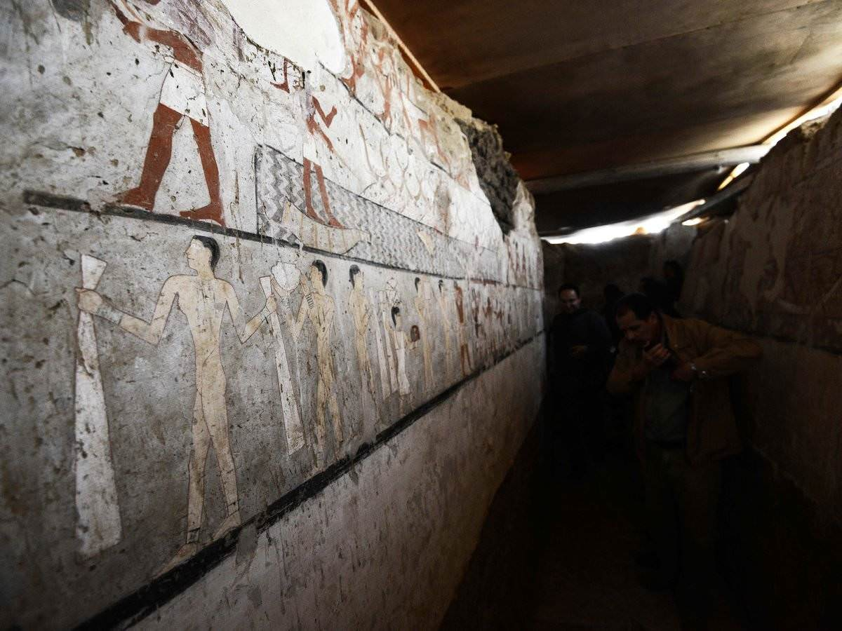 Tomb of ancient priestess is discovered in Egypt