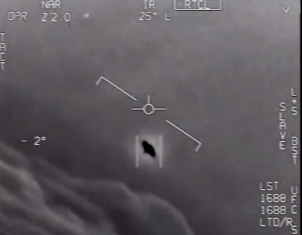 Navy pilots encounter UFO? US military's encounter with UFO videotaped