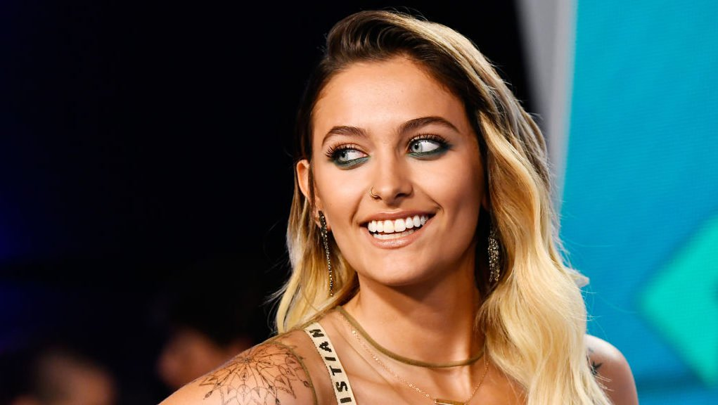 Paris Jackson Slams Fans for Editing Her Skin Tone