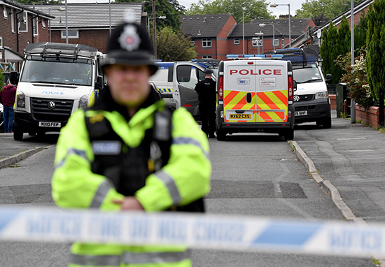 UK schools on Lockdown After Mass Email Threatens Attacks