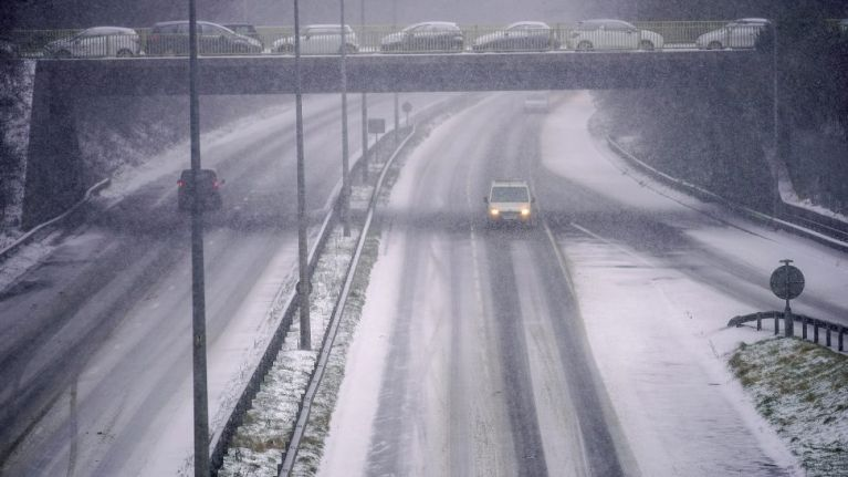 Easter Snow: Yet more travel chaos expected