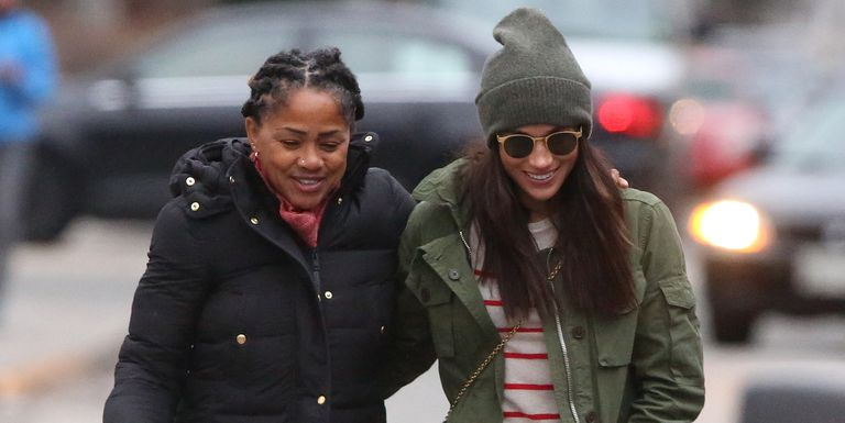 Meghan Markle's mother lands in London