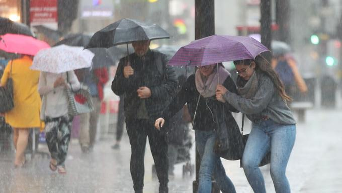 UK: Thunderstorms lash UK – with more severe weather on the way