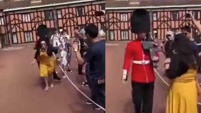 Queen's Guard soldier shoves tourist at Windsor Castle (Watch)