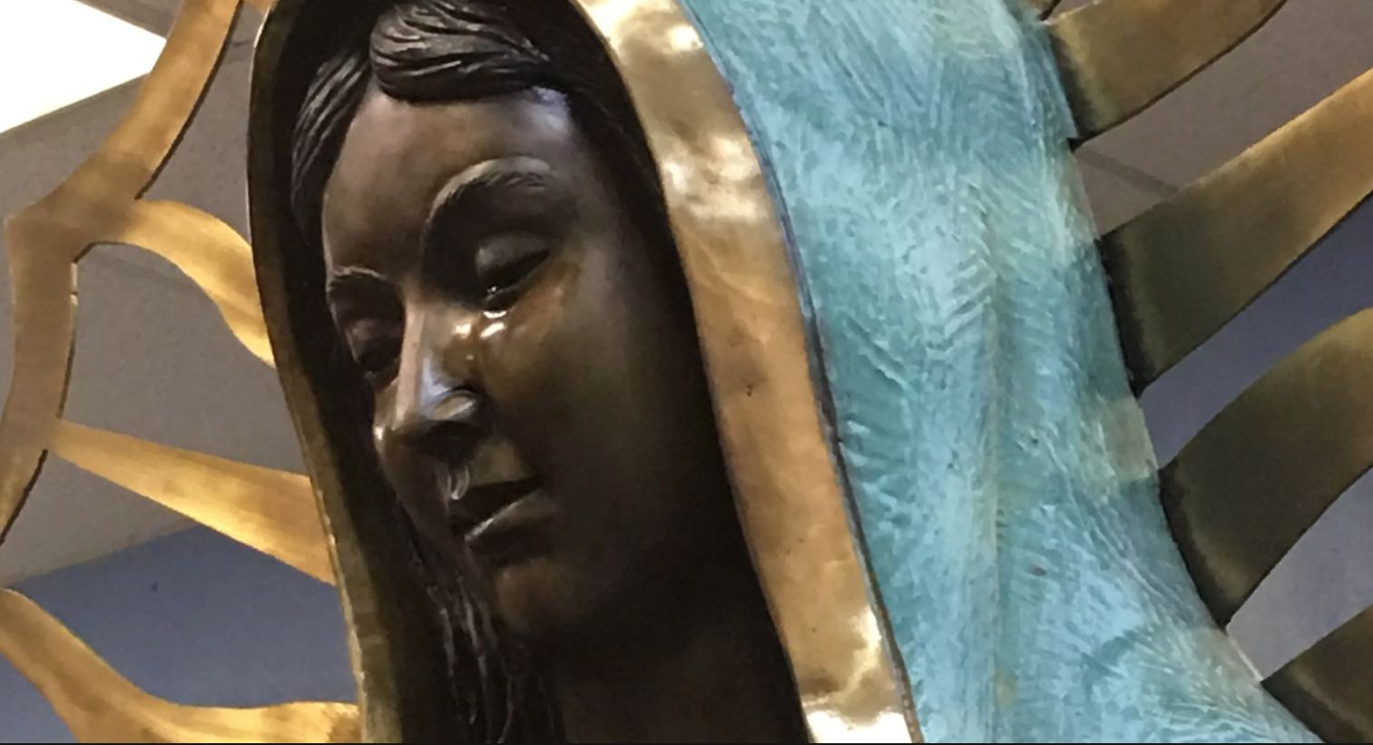 Virgin Mary statue 'weeping olive oil' (Watch)