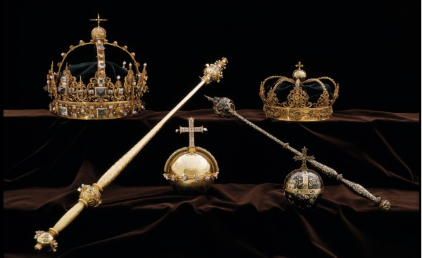 Swedish crown jewels stolen from cathedral