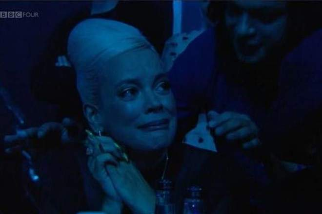 Lily Allen in tears at Mercury Awards (Photo)