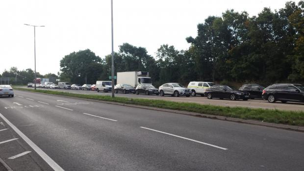 M5 cars crash leaves 2 dead and more injured