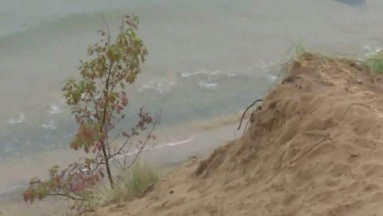 Boy Scouts in sand tragedy: Gage Wilson Gage Wilson dies in sand dune collapse