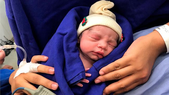 Baby Born From Dead Donor's Uterus (Reports)