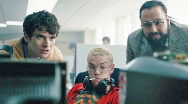 Bandersnatch trailer promises a choose-your-own-nightmare (Video)