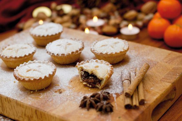 WWII mince pies found floorboards on display for first time (Reports)