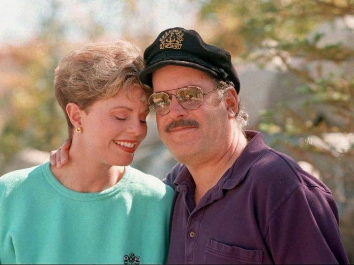 'Captain' of '70s Duo Captain & Tennille Daryl Dragon dead at 76