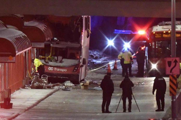 Ottawa bus crash that killed three left a 'chaotic' scene
