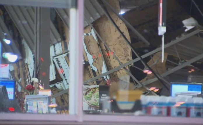 Roof collapses on 24-hour supermarket in Terrebonne, Report