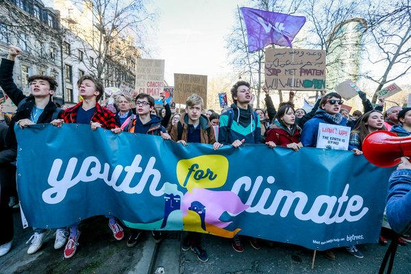 Thousands of UK students skip school for climate change, Report