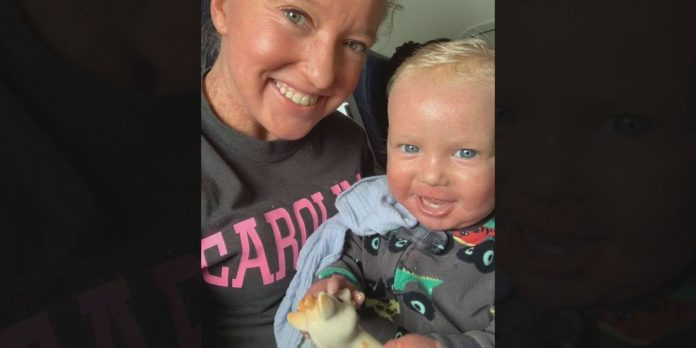 American Airlines apologizes to South Carolina mother, Report