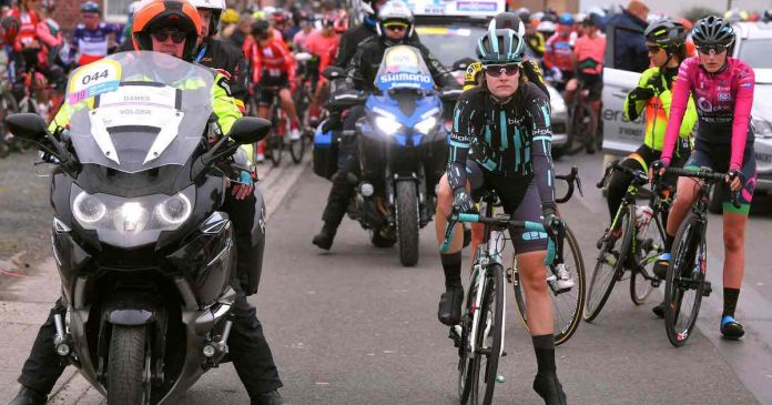 Cyclist Nicole Hanselmann forces organisers to neutralize women