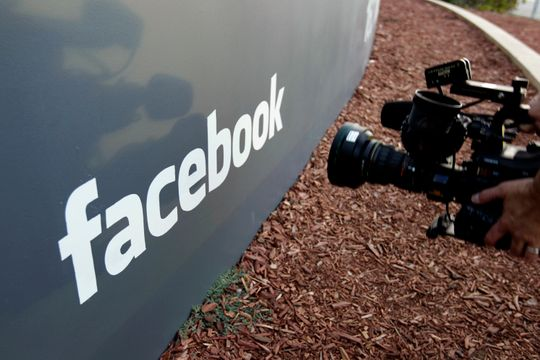 Facebook scolded for how it protects user phone numbers (Reports)