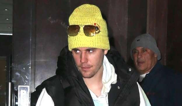 Justin Bieber Intruder Arrested After Barging Into Hotel Room (Reports)