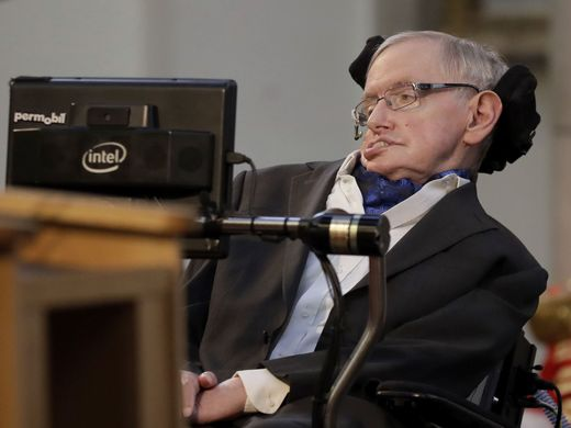 Stephen Hawking's former nurse banned from practicing (Reports)