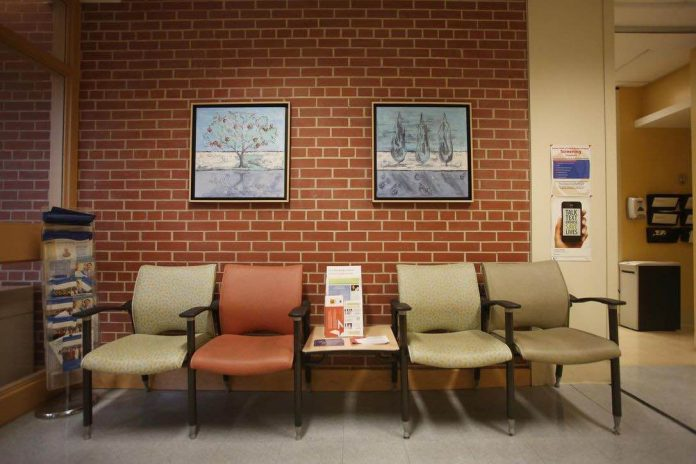 Woman dies after 11 hours in emergency waiting room (Reports)
