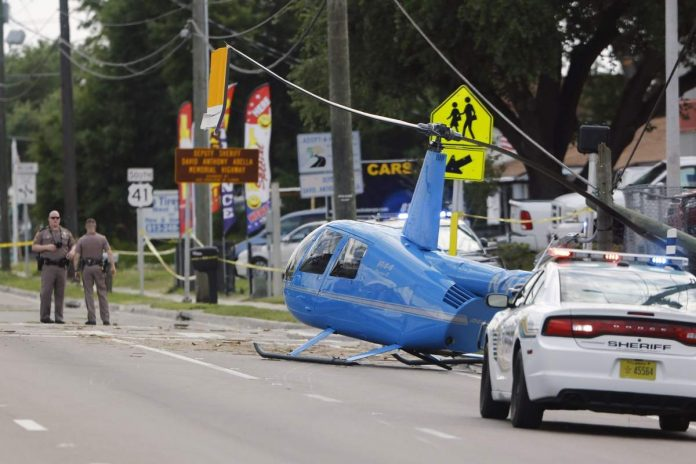 Florida helicopter crash land on a busy Tampa road, man dies on ground