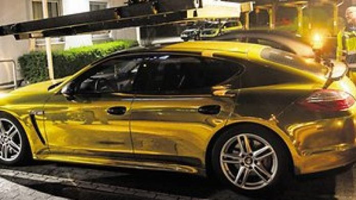 Gold Porsche is too shiny for Germany's roads (Picture)