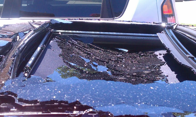 Hyundai exploding sunroof: shatter suddenly and without