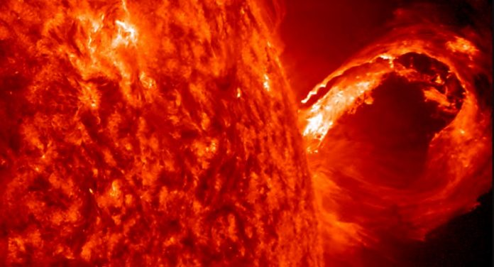 Researchers predict a new solar cycle (Reports)
