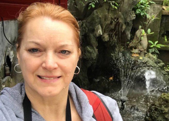 Violet Reid, Woman scammed in Vietnam finds help