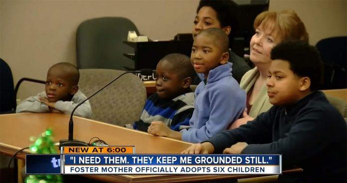 Jessica Benzakein Adopts 6 Boys: