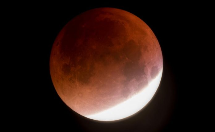 Lunar eclipse on Friday: No part of the moon enters Earth