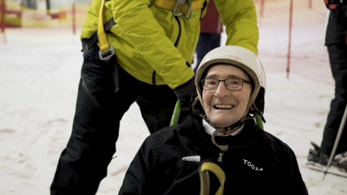 Robert Trulocke, 92, goes skiing for the first time
