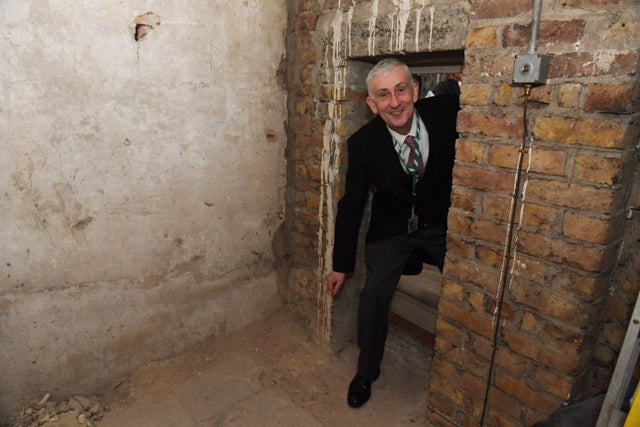 Parliament: Secret Passage Dating to 1660 Is Found (Picture)